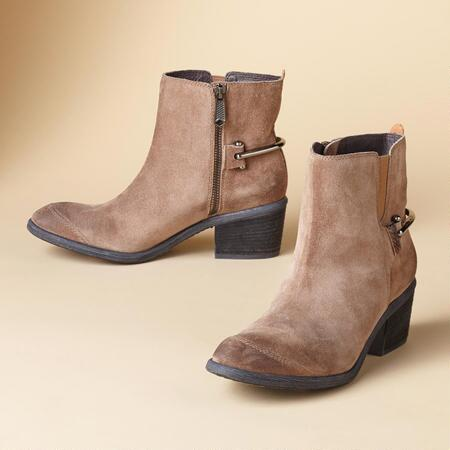 DIGG ANKLE BOOTS