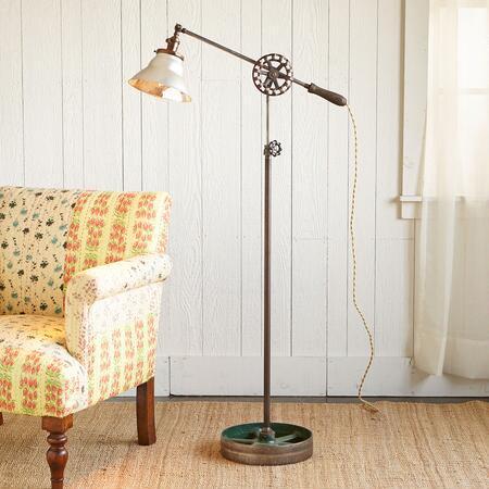 DUQUESNE LAMP