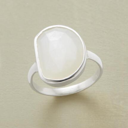 POOL OF MOONLIGHT RING