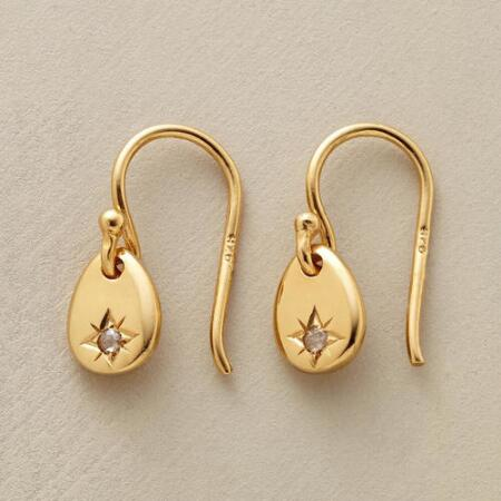 Enjoy just the perfect pinch of glitter with these dainty vermeil and diamond drop earrings.