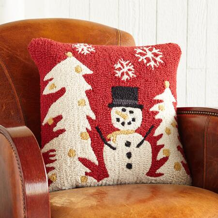 SMILEY THE SNOWMAN HOOKED PILLOW