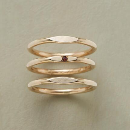 PLATEAUS RING TRIO
