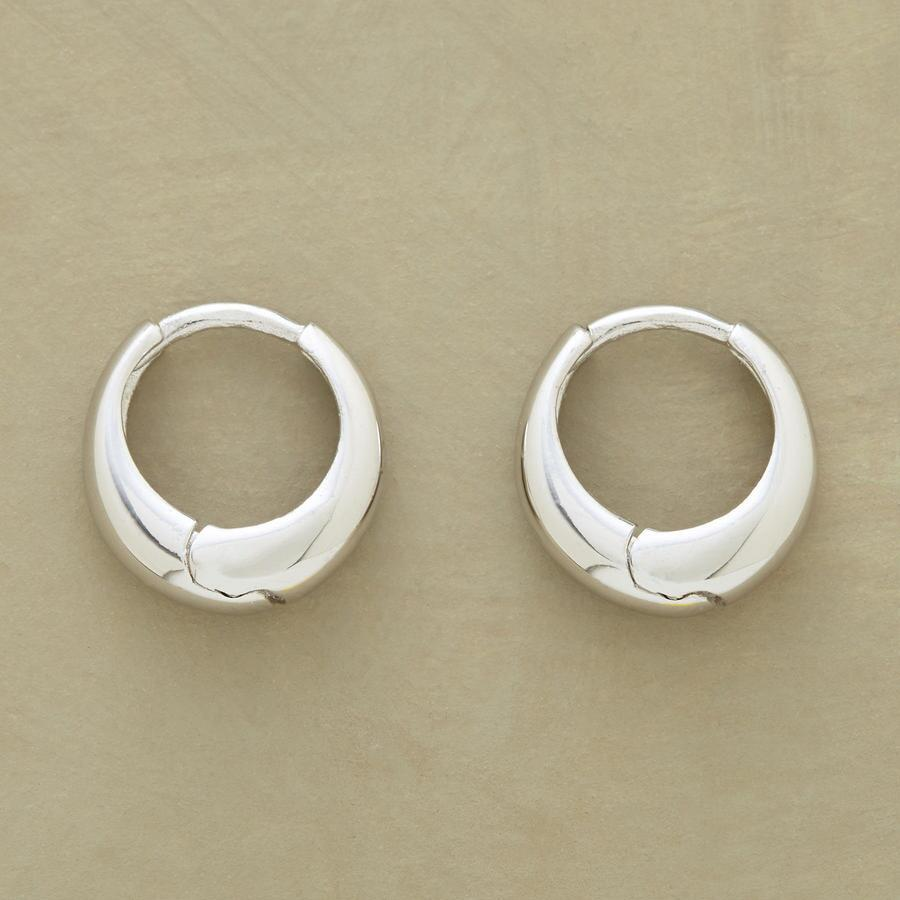 WHITE GOLD AXIS HOOPS