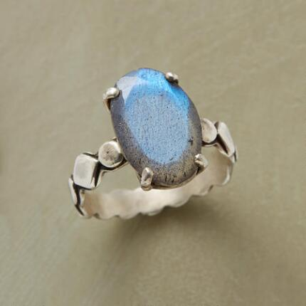 A dimensions labradorite ring that will mesmerize you with its flashes of color.