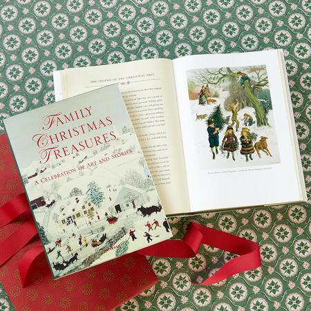 FAMILY CHRISTMAS TREASURES BOOK
