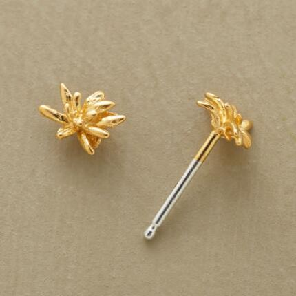 Like the tiniest floral fireworks, these vermeil chrysanthemum stud earrings make a miniature bang.