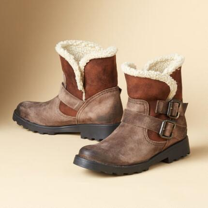 DOUBLE DELIGHT BOOT