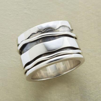 EBB & FLOW SPINNER RING