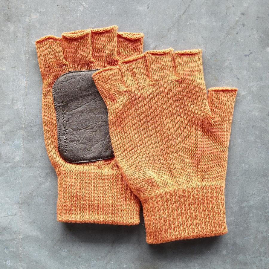 CASEY FINGERLESS GLOVES