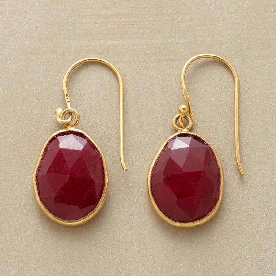 RUBY PLUM EARRINGS