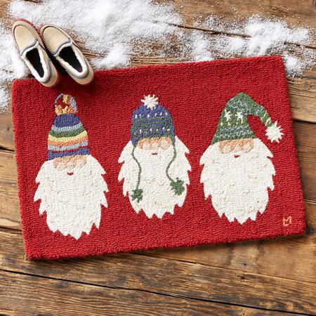 STOCKING CAP SANTA RUG