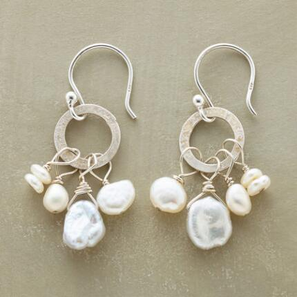 NOUVELLE PEARL EARRINGS