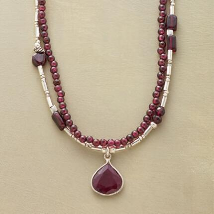 CLARET GARNET NECKLACE