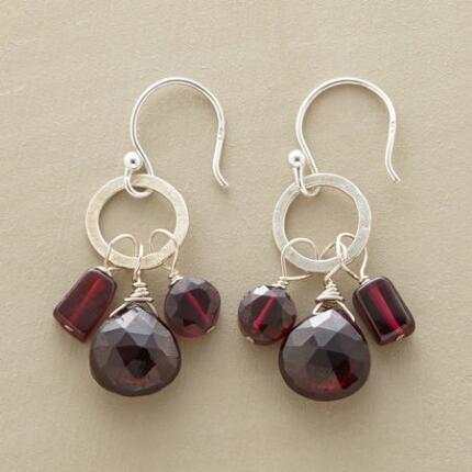 CLARET GARNET EARRINGS