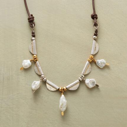 PEARL PROFILES NECKLACE