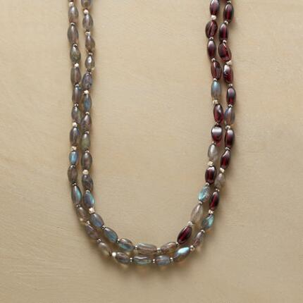 INTERMEZZO NECKLACE
