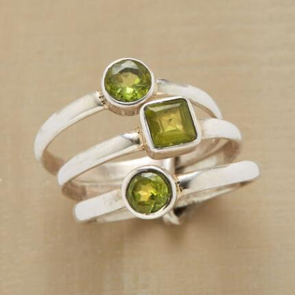 CIRCLES SQUARE RING TRIO