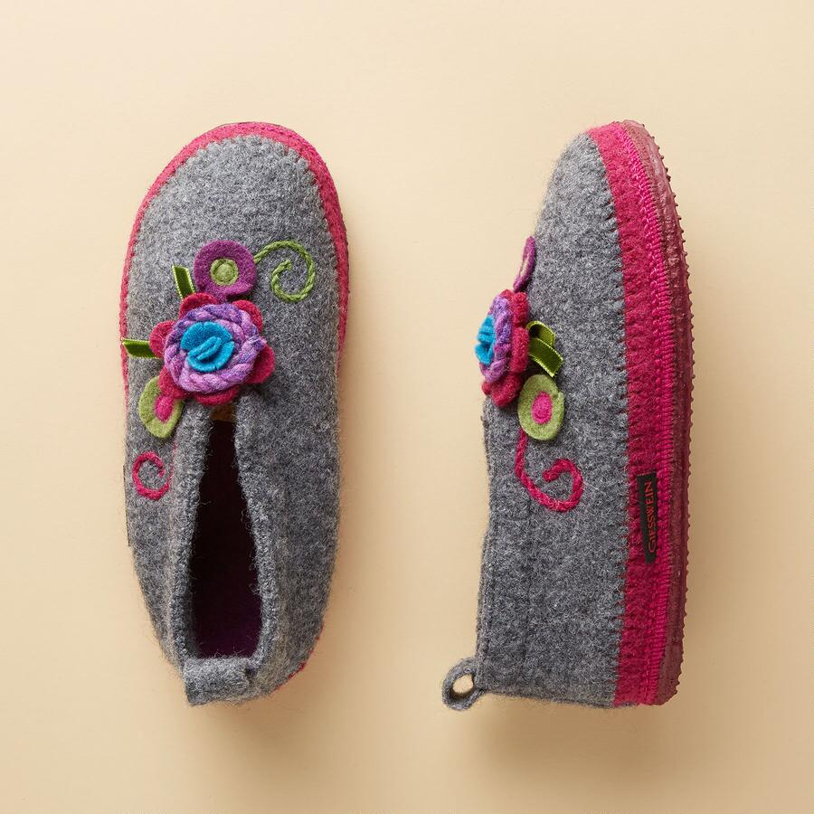 CHAMONIX SLIPPERS