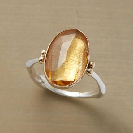 With a bright, open face, this glacier moonstone ring is sweeter than honey.