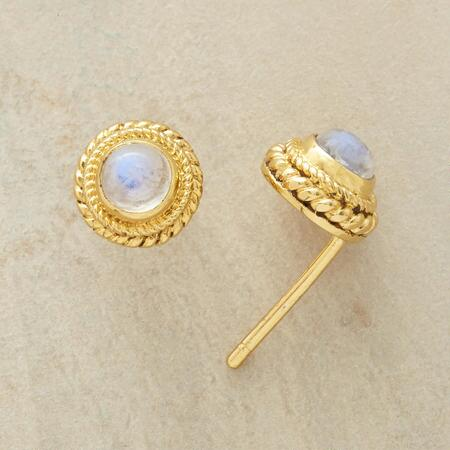 These 22kt vermeil moonstone earrings possess a glamour that makes every day seem like a special occasion.
