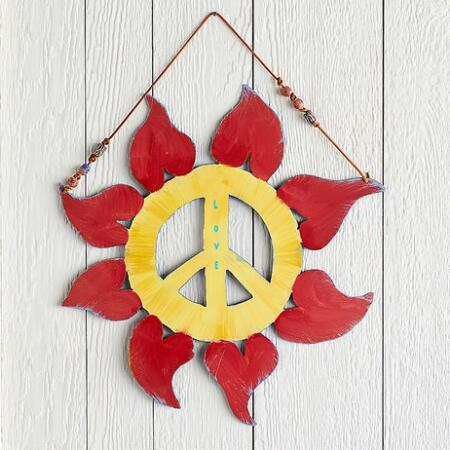 PEACE & LIGHT WALL HANGING