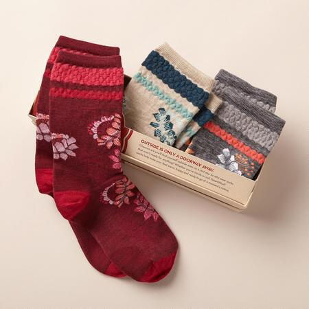 SUBTLE BLOSSOMS SOCKS, SET OF 3