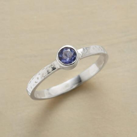 SPOT OF IOLITE RING