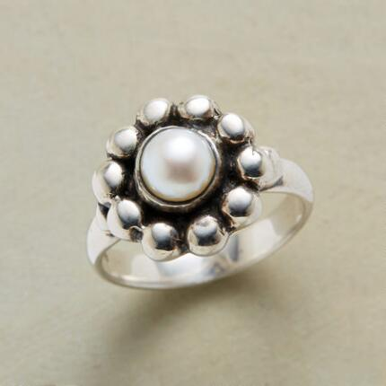 PEARL POSEY RING
