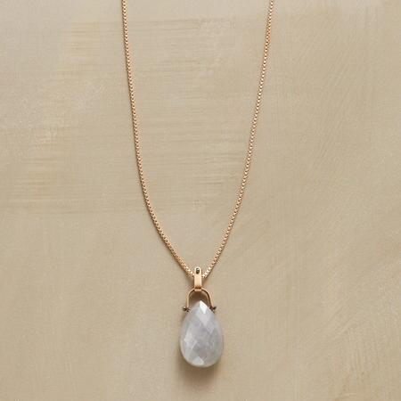 LOOPED MOONSTONE NECKLACE