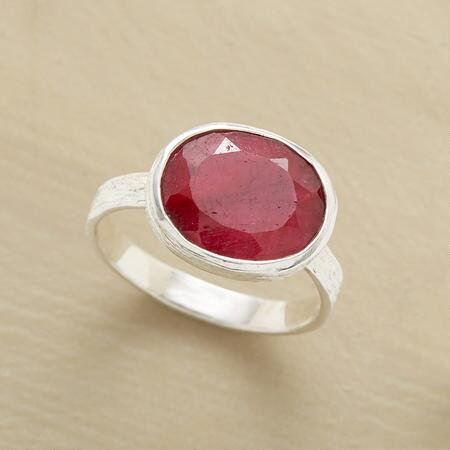 MARGAUX RUBY RING