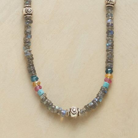 BETWEEN THE BEADS NECKLACE