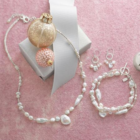 NOUVELLE PEARL COLLECTION