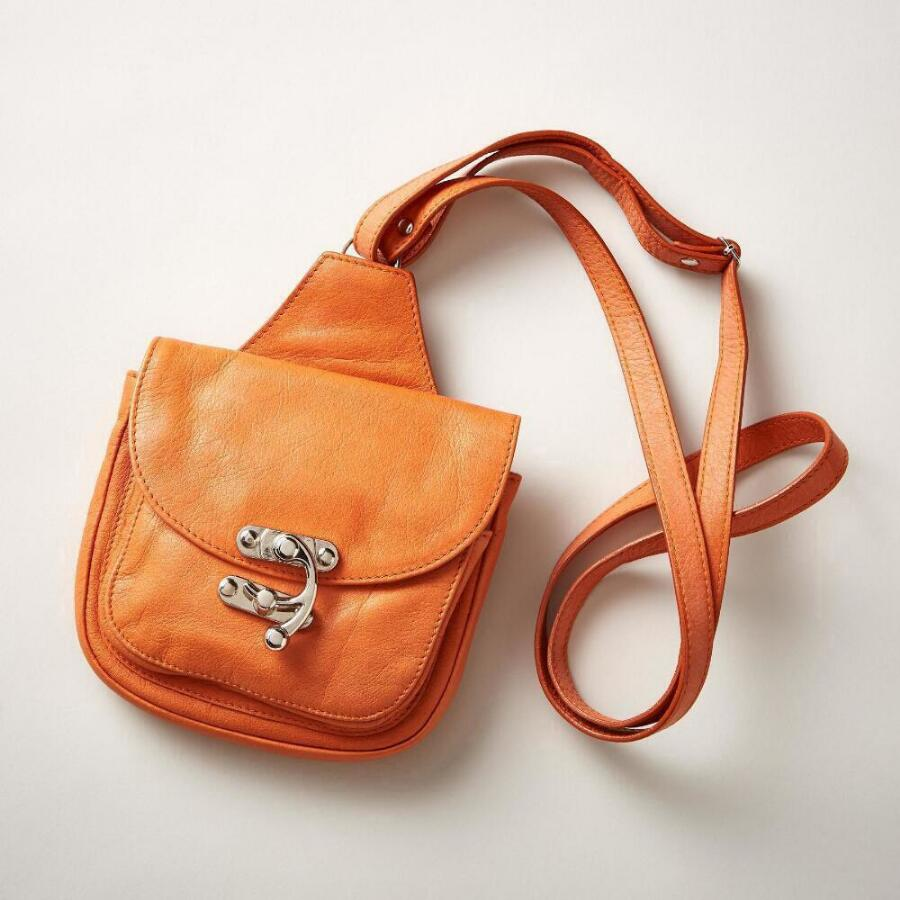 GO ANYWHERE CROSSBODY