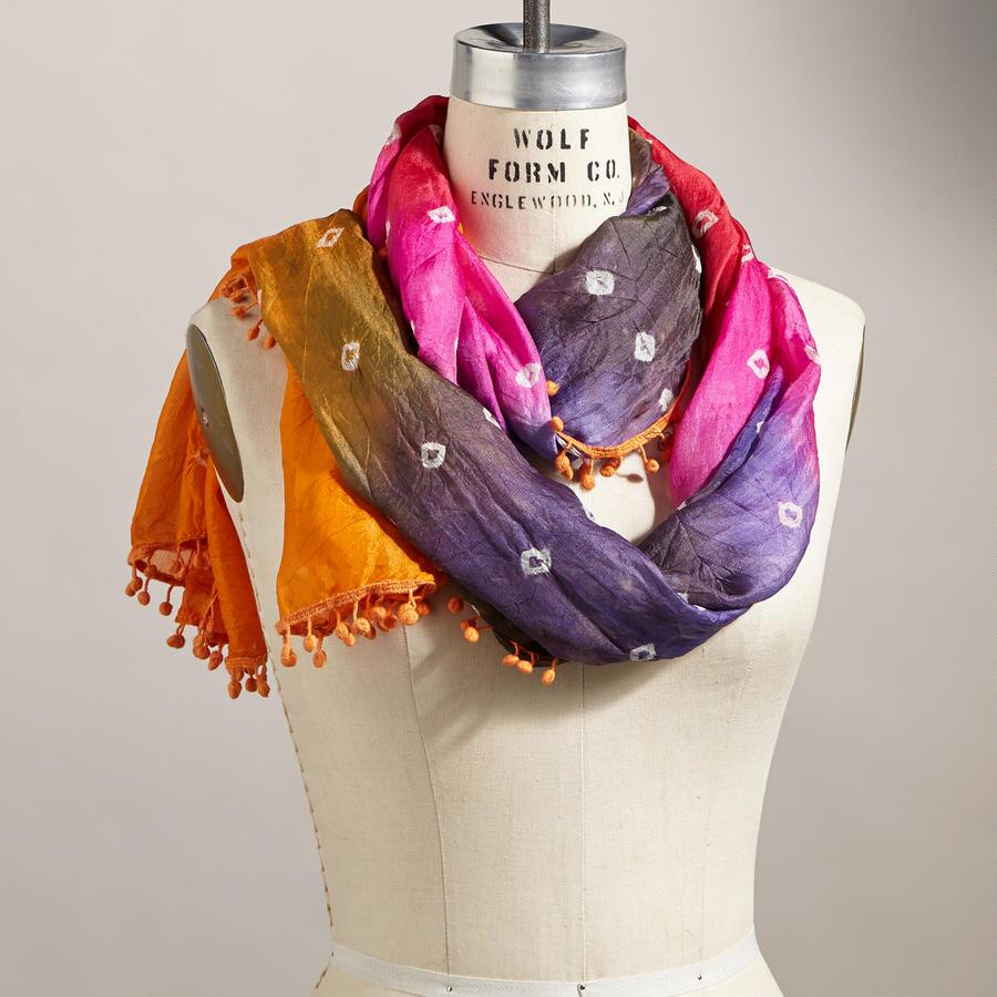 FESTIVAL OF COLORS SCARF
