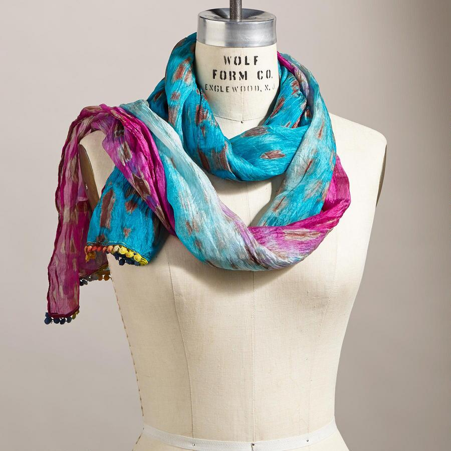 RIVER OF LIGHT SCARF
