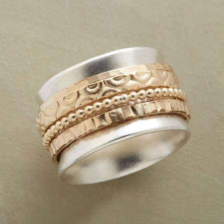 FIELDS OF GOLD SPINNER RING
