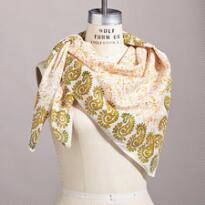 COLLECTIBLE BANDANA SCARF