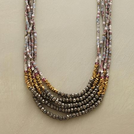 QUINTA NECKLACE