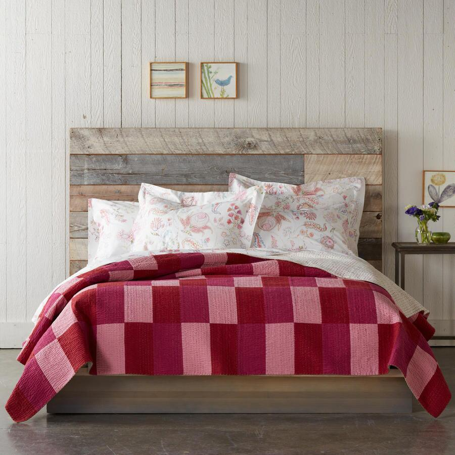 IN THE PINK LIGHTWEIGHT QUILT