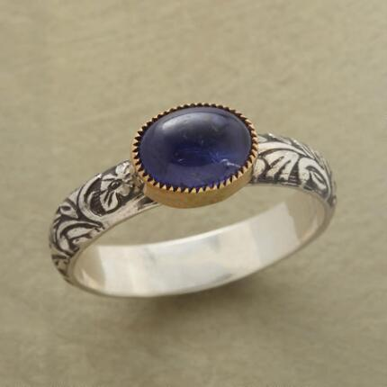 SWEET PEA RING