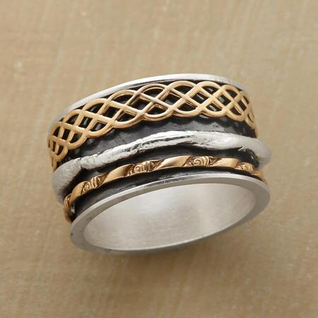 WOVEN WAVES SPINNER RING