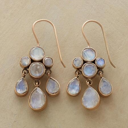 MODERN ROMANCE EARRINGS