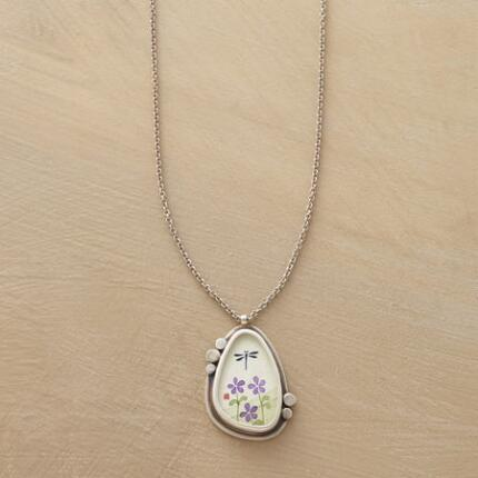 VIOLETTA NECKLACE