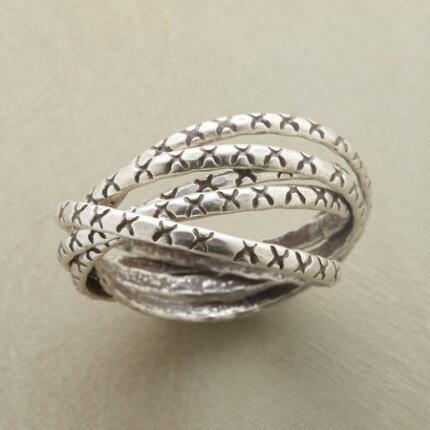 CRISSCROSS PUZZLE RING
