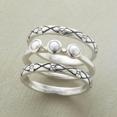 PEARLS BETWEEN BORDERS RING TRIO