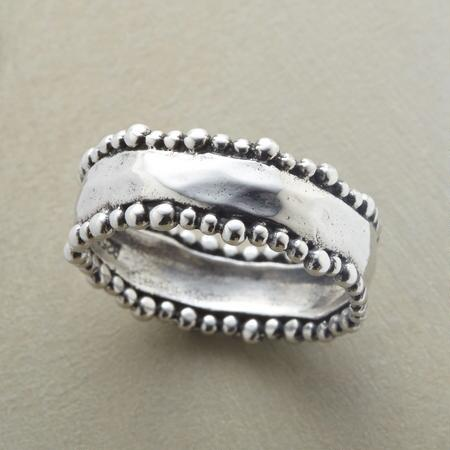BEADED BORDERS RING