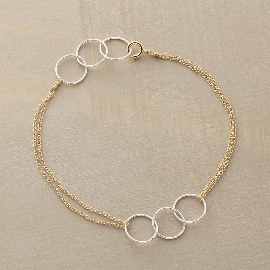 THROUGH HOOPS BRACELET