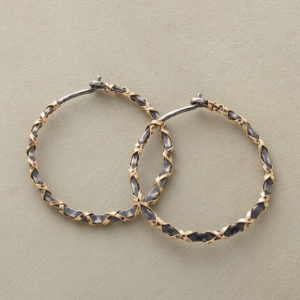 GOLDEN RIBBONS HOOPS