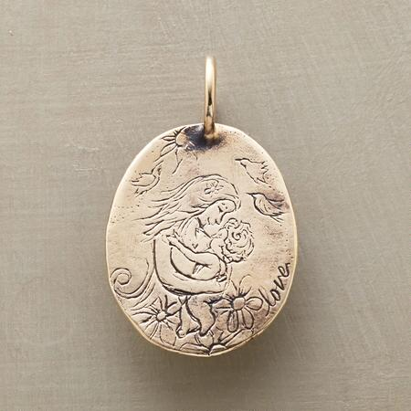 GOLD MOTHERHOOD CHARM