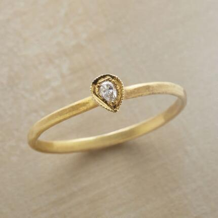 VESARA RING